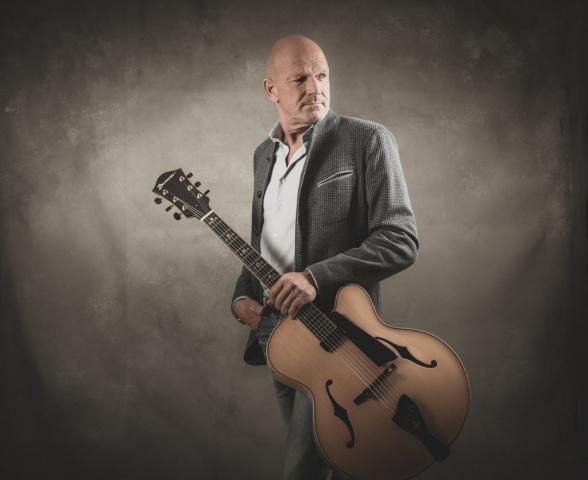 Gitarrist und Sänger Knut Richter